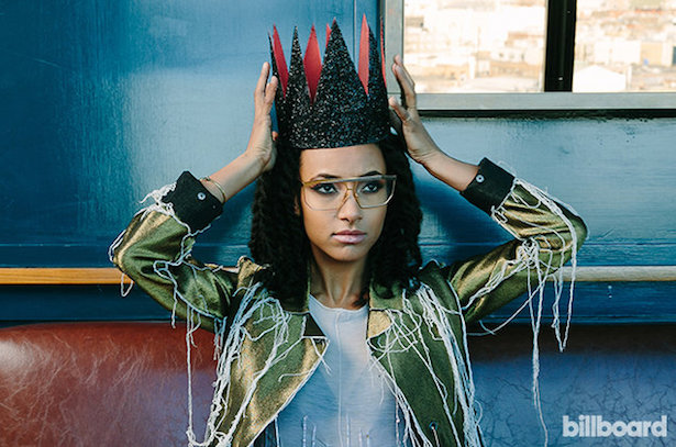 Esperanza-Spalding-beat-bb3-2016-billboard-650.jpg